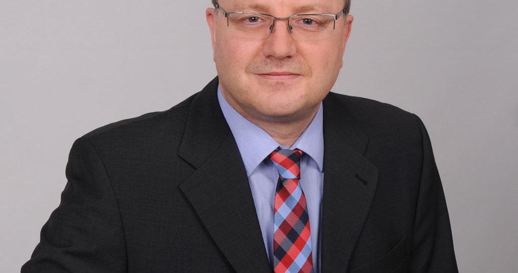 Uwe Hennecke - Bereichsleiter datenbanken24